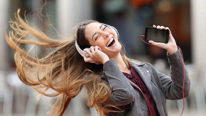 Mobile Entertainment Market: Rapid Increase In The Application Predict By 2029